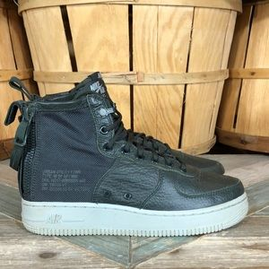 Nike Special Field Force 1 Mid Sneakers